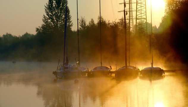 凤凰湖日落图片