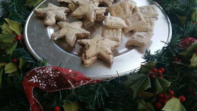 白色圣诞饼干图片