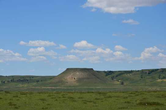 内蒙古锡林浩特平台山光景图片