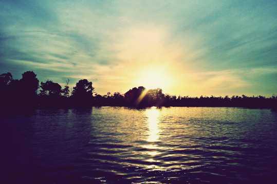 黄昏日光图片