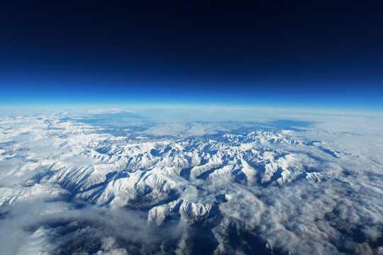 比利牛斯山图片