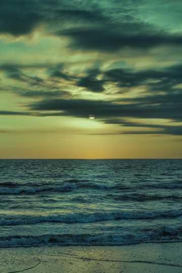 海洋暮色唯美境界图片