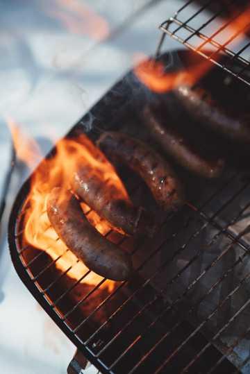 烤热狗高清图片