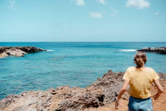唯美蓝色海洋景象图片
