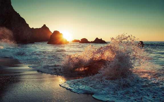 海洋海潮浪花高清图片