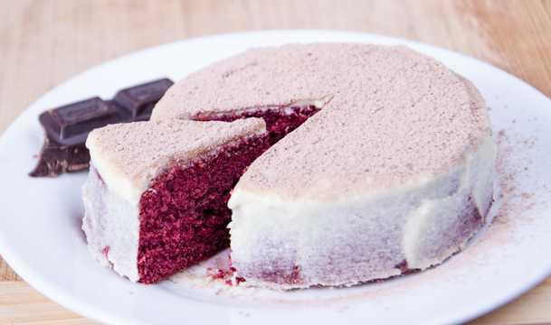 蓝莓味提拉米苏蛋糕图片