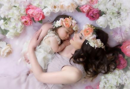 女人,母亲,母亲,孩子,宝贝,女儿,女孩,鲜花,牡丹,花圈,布