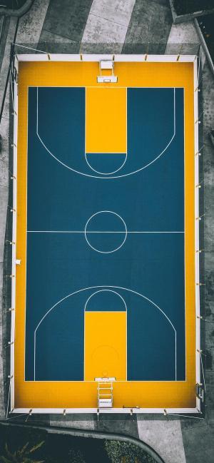 户外篮球场