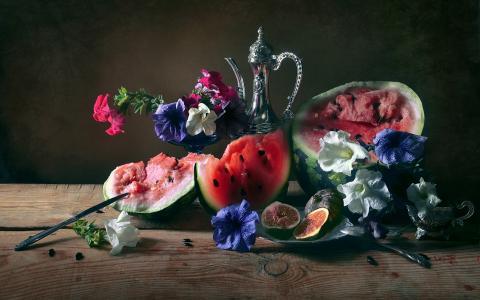 阿纳斯塔西娅Soloviova,板,西瓜,花瓶,鲜花,矮牵牛,盘子,水果,无花果。