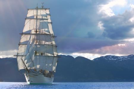海,天空,光线,山,帆船