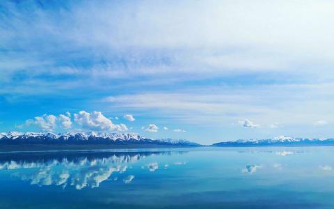 赛里木湖唯美自然风光