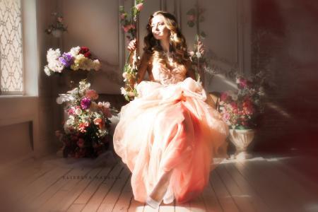 Eliseeva Natalia,Eliseeva Natalia,女孩,女人,女孩,女人,美女,美女,魅力,看,微笑,美女,女孩,图,花,秋千,鞋