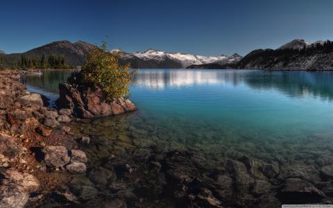 湖,山,树,天空,水,石头
