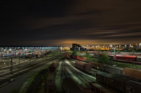 火车站,火车,汽车,火车,晚上