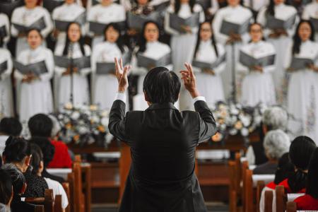教堂里的大合唱