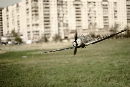 飞机,草,天空