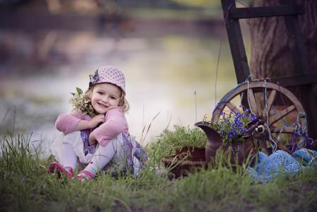 Marta Obiegla,小孩,女孩,婴儿,帽,性质,草,花束,铃兰,鲜花,水罐,车轮,器皿