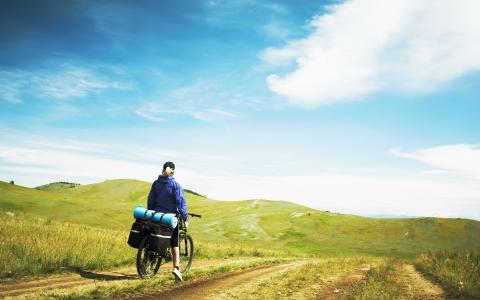 旅游,自行车,土路,绿色的田野