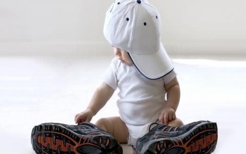 孩子,帽子,男孩,大运动鞋