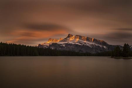 加拿大,班夫国家公园,杰克湖,湖,森林,山,天空,云,反射