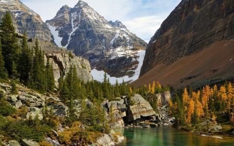 山,岩,湖,树,水,岸,天空,美丽
