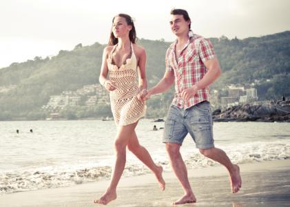 二,沙滩,跑步