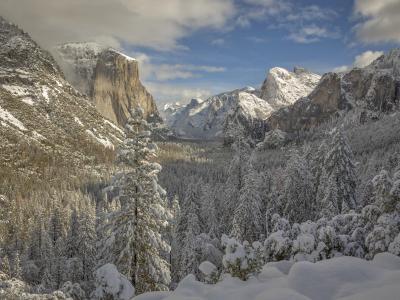 加利福尼亚州的优胜美地国家公园,内华达山脉,优胜美地国家公园,优胜美地,加州