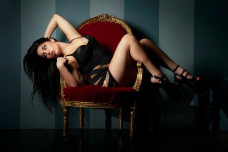 女孩,黑发,椅子,壁纸