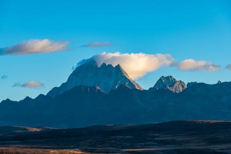 亚拉群峰摄影风光