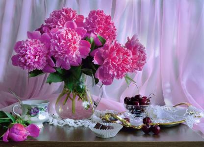 瓦伦蒂娜Kolova,静物,面料,面纱,餐巾,水罐,鲜花,牡丹,杯,菜,浆果,樱桃,巧克力