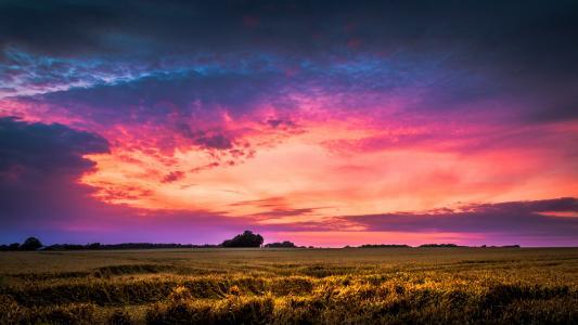 唯美紫色晚霞风光