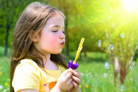 美丽,草,小女孩,玩,自然,可爱,春天,泡沫,幸福,金发,可爱