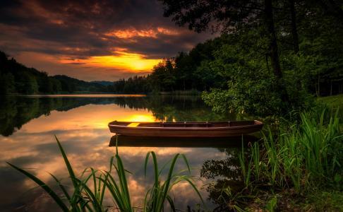 河,小船,森林,性质