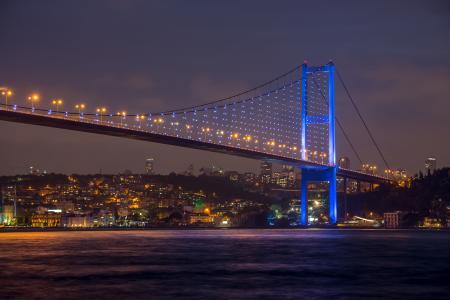 美丽的景色,博斯普鲁斯海峡桥梁在晚上,伊斯坦布尔,土耳其,马尔马拉海,城市,性质,天空,美丽的景色,博斯普鲁斯海峡桥梁在晚上,伊斯坦布尔,土耳其,马尔马拉海,城市,自然,天空