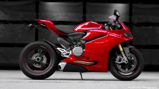 杜卡迪,Panigale,1299 S,红色,摩托车