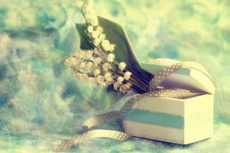 盒子,鲜花,铃兰,丝带