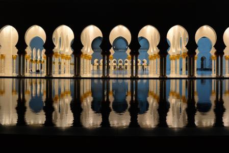 阿布扎比,阿联酋,阿布扎比,大清真寺,清真寺,建筑,晚上,水,灯,照明,拱门,列