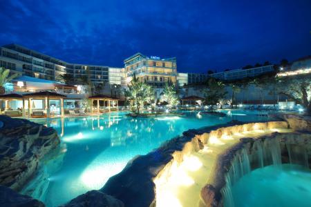 克罗地亚,度假村,瀑布,家园,岛,赫瓦尔岛,游泳池,夜,城市