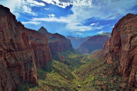 犹他州锡安国家公园,锡安国家公园,锡安峡谷,弗吉尼亚河