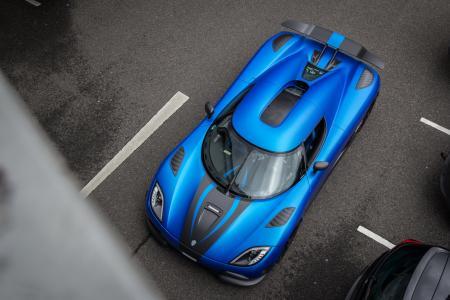 超级跑车,科尼赛克,蓝色,停车场,灰色的背景