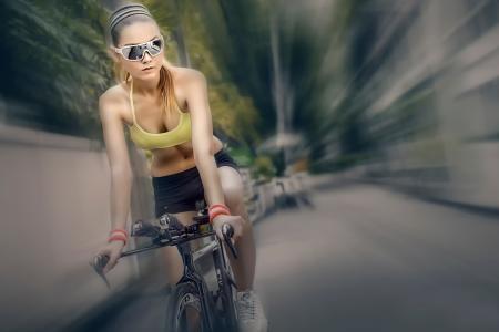 骑自行车,骑自行车,眼镜,模糊