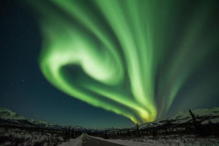 神奇的超自然现象极光美景