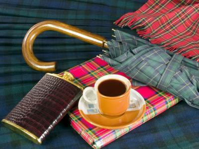 书,笔记本,杯,围巾,烧瓶,伞,咖啡