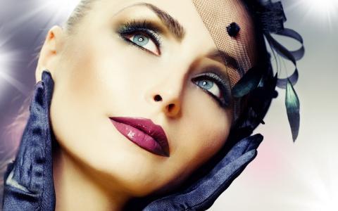奇妙的外观,手套,脸上的手,女孩,化妆