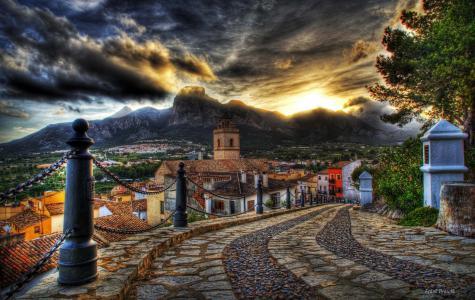 房子,日落,颜色,道路,多彩,老,建筑,云,山,街,人类发展报告,天空