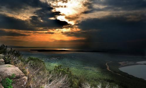 暮光之城,日落,天空,云,石头,树木,绿色,河流
