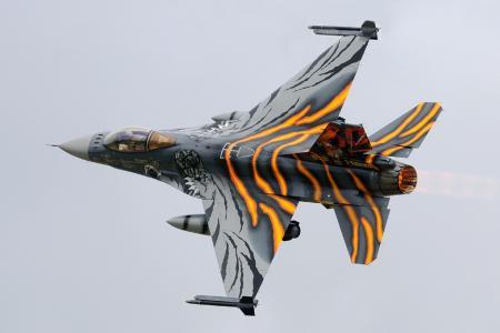 战斗机,战斗猎鹰,F  -  16时,转