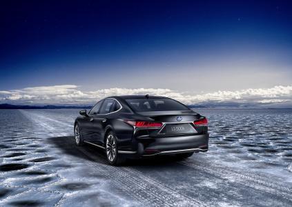 lexus-ls-500h,汽车,天空,云,路,冰