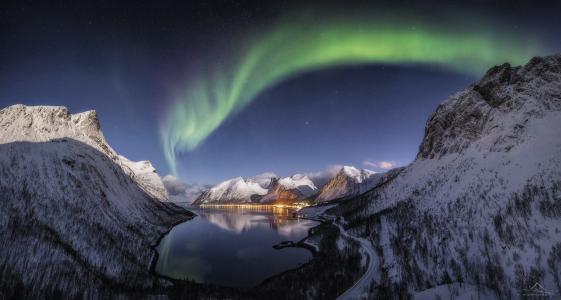 北极光,山脉,水,天空,房屋,夜晚