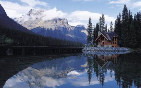 自然,房子,路,湖,山,树,天空,云,反射